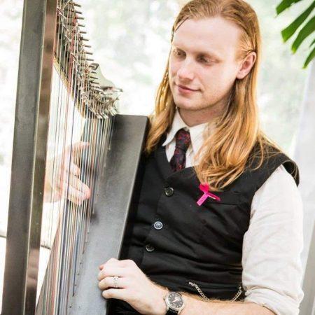 taras-musician